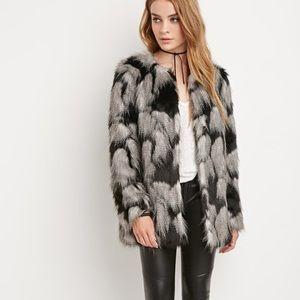 Chic Shaggy Patched Faux Fur Coat Jacket NWOT